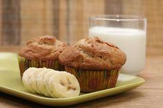 Make These Super Moist Banana Nut Muffins
