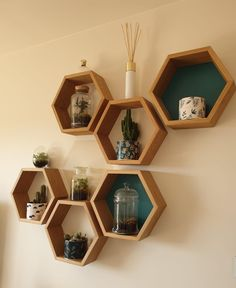 Honeycomb Shelves, Hexagon Shelves, Space Saving Dining Table, Corner Furniture, Room With Plants, Front Rooms, Hallway Decorating, Home Projects, Home Decor Ideas