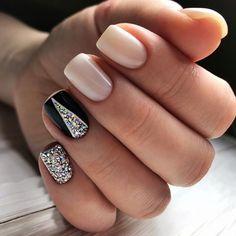 Semi-permanent varnish, false nails, patches: which manicure to choose? - My Nails Black Nails, Pink Nails, Sparkle Nails, Hair And Nails, My Nails, Trendy Nail Art, Gel Nail Designs, Nails Design, Super Nails
