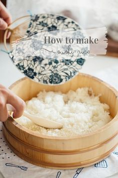 How to make perfect sushi rice. Recipe with step by step photos and three tips to make sushi rice like Japanese do perfectly! No more mushy sushi rice! Perfect Sushi Rice Recipe, Best Sushi Rice, Sushi Rice Recipes, Making Sushi Rice, Rice For Sushi, Making Sushi At Home, How To Make Sushi, Food To Make, Gastronomia