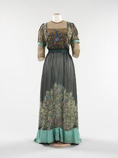 Peacock dress from 1910