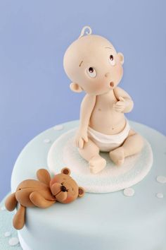 Cute baby and bear cake
