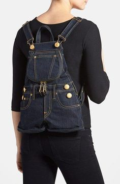 Best 12 Idea backpack for recycling jeans.Best 12 Alternate Product Image 2 – Page Idea : Jeans to a Denim Clutchbag - Salvabranivery interesting upcycled denim applique bag by alexandria Denim Tote Bags, Denim Purse, Jean Backpack, Jean Purses, Diy Kleidung, Diy Bags Purses, Diy Mode, Denim Ideas, Denim Crafts