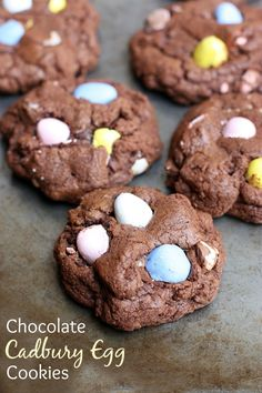 These fun and easy Chocolate Cadbury Egg Cookies make the perfect Easter dessert your family will love. A thick and chewy, almost brownie-like chocolate cookie with mini Cadbury chocolate candy pieces. No Egg Cookie Recipe, No Egg Cookies, Easter Cookies, Easter Treats, Cadbury Cookies, Easter Food, Easter Eggs, Super Cookies, Easter Candy