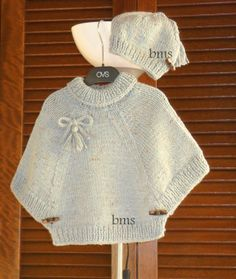 Diy Crafts - Poncho from CCC - poncho with moss stitch with a pocket on front. Poncho Pattern: Chain the chains with a slip SC, i Crochet Poncho Patterns, Baby Knitting Patterns, Knitting Designs, Kids Poncho, Knitting For Kids, Diy Dress, Baby Sweaters, Crochet Baby, Knitted Hats
