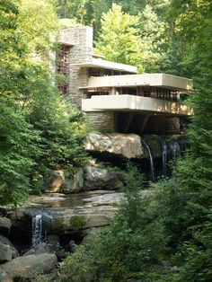 flw falling water house