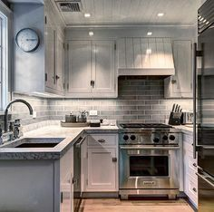 Sag Harbor 850 sq ft apartment. The perfect kitchen .. Goal was to have all the amenities and comfort of a larger space .. @landscapedetails @michaelderrig