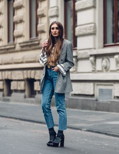 BLOG DE MODA Y LIFESTYLE. White striped bell sleeves top+jeansblack peep-toed heels+grey socks+grey checked blazer. Fall Casual Workwear/ Casual / Weekend Outfit 2017