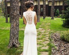 Offene Rückseite Hochzeitskleid Elfenbein Krepp und handgemachte Verzierungen, Brautkleid mit Schleppe L12, schlichtes Brautkleid