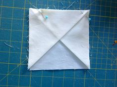 Bloque 10: Ventana del molino de viento de la catedral - textura de 4 parches quilt | cosido por TeresaDownUnder