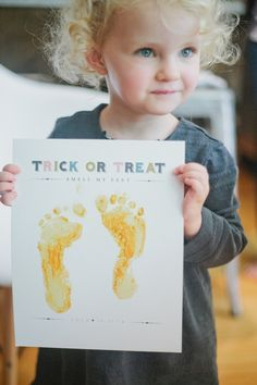 Adorable idea for a Halloween craft!