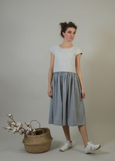 Skirt midi by clipnwear on Etsy https://www.etsy.com/listing/501441386/skirt-midi