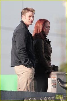 scarlett johannson on set of captain america the winter soldier photos | Johansson Scarlett - On the set of the 'Captain America The Winter ...
