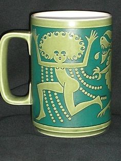 Hornsea Pottery George and Dragon tankard 1970 by Jhn Clappison Hornsea Pottery, Ceramic Pottery, Pottery Art, Vintage Kitchenware, Vintage Dishes, Vintage China, Pyrex, George & Dragon, Home Garden Design