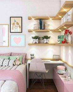 Um quarto cheio de charme! . Projet