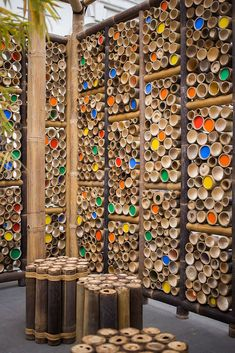 Gallery of Temporary Pavilion in Malaysia Aims to Raise Awareness of Bamboo as a Construction Material – 13 - Alles über den Garten Bamboo Art, Bamboo Crafts, Bamboo Fence, Bamboo Ideas, Bamboo Poles, Bamboo Blinds, Bamboo Construction, Construction Materials, Cerca Natural