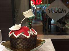 Xmas fashion shoe on panettone www. Fashion Shoes, Fashion Accessories, Sugar Art, Red Carpet, Xmas, Cakes, Desserts, Food, Design