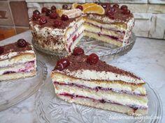Smaczna i szybka propozycja na tort ajerkoniakowy dla tych, którzy nie mają czasu