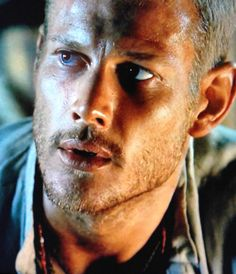 Tom Hopper/Billy Bones