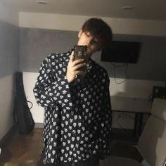 what the fuck does he look so good for i'm in love Wonwoo, Jeonghan, The8, Hoshi, Vernon, Selca, Kim Min Gyu, Boo Seungkwan, Wen Junhui