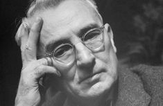 Dale Carnegie and the Stoics: How to Handle Financial Worries Dale Carnegie, Best Motivational Thoughts, Inspirational Quotes, The Stoics, Best Home Business, How To Influence People, Life Pictures, Learning To Be, Tony Robbins