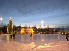Mikkelin torilla luistellaan talvisin. Miksi ei Tampereellakin? Mikkeli, Finland