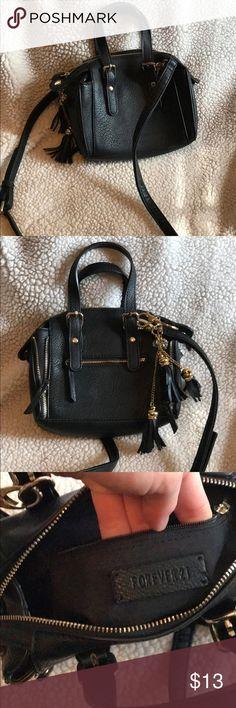 Selling this Forever 21 Cross body Mini Bag on Poshmark! My username is: jessicacostlow. #shopmycloset #poshmark #fashion #shopping #style #forsale #Forever 21 #Handbags
