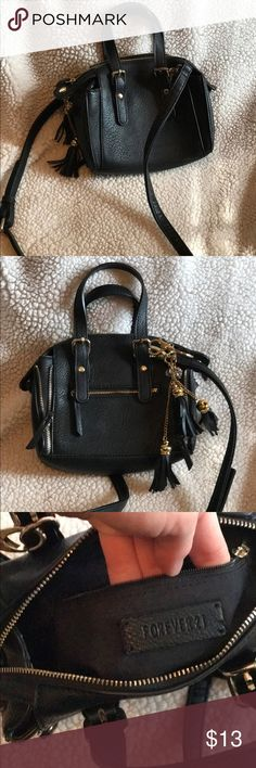 Selling this Forever 21 Cross body Mini Bag on Poshmark! My username is: jessicacostlow. #shopmycloset #poshmark #fashion #shopping #style #forsale #Forever 21 #Handbags