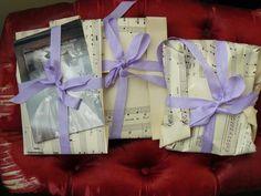 Purple Velvet Rose...... http://nostalgiaatthestonehouse.blogspot.co.uk/ Vintage lovelies all beautifully wrapped