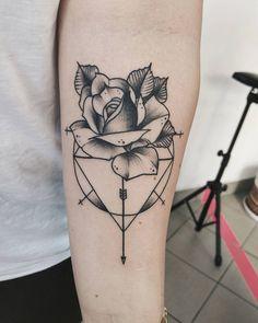 mi ki is tattooing (@mikitatz) • Fotos e vídeos do Instagram