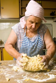 Here you can find a collection of Italian food to date to eat Italian Dishes, Italian Recipes, Italian Catering, Grandma Cooking, Pasta Recipes, Cooking Recipes, Fresh Pasta, Homemade Pasta, Pasta Dishes