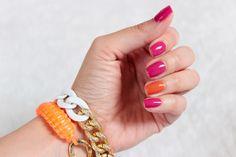 manicure+na+lato_pomarancz+i+roz_soczyste+lakiery_manicure+2014_paznokcie+2014_bell+015+glam+wear_miyo+mini+drops+30+zapachowy_modne+bransoletki_fluo_kolorowe+paznokcie+(8).png (800×533)