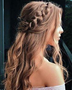 Grad Hairstyles, Braided Hairstyles For Wedding, Easy Hairstyles, Hairstyle Ideas, Cute Hairstyles For Prom, Hairstyles For Weddings Bridesmaid, Hair Ideas, Graduation Hairstyles Medium, Long Hair Formal Hairstyles