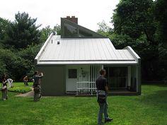 Vanna Venturi House - Robert Venturi, Architect
