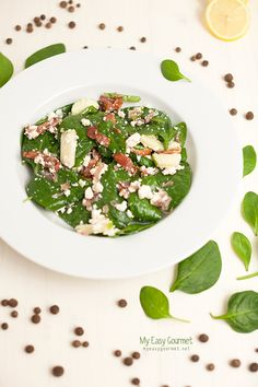 Spinach Salad with Bacon Dressing Bacon Dressing, Salad Dressing, Bacon Spinach Salad, Healthy Eats, Dressings, Risotto, Salads, Favorite Recipes, Cooking