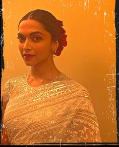 Deepika Padukone (Source: Instagram)
