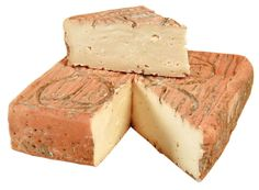 taleggio cheese - is a rich semi-soft cheese made from cow's milk. Depending on it's age, taleggio cheese can range from mild to pungent in flavor. This cheese is also a product of the Lombardy region and goes great with fruit at the end of a meat'. Taleggio Cheese, Fromage Cheese, How To Make Cheese, Food To Make, Making Cheese, Italian Cheese, Lactation Recipes, Artisan Cheese, Frozen Desserts