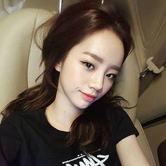 반가웠어요 여러분 조심히 들어가기!!♥ Girl's Day Hyeri, Lee Hyeri, Kpop Girl Groups, Korean Girl Groups, Kpop Girls, Korean Entertainment, Girl Day, Sweet Girls, Fotografia