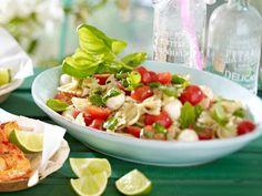 Salate zum Grillen: Rezepte aus dem Gemüsegarten!  - nudelsalat_caprese0  Rezept