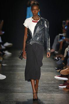À La Garçonne Spring/Summer 2017 Ready-To-Wear Collection | British Vogue