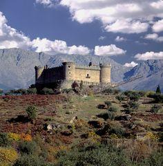 Castle of Mombeltran. Sierra de Gredos (Avila)  Spain by Luis Castañeda on 500px