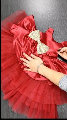 Baby Girl Dresses Diy, Baby Girl Birthday Dress, Girls Dresses Sewing, Frocks For Girls, Little Girl Dresses, Baby Girl Frocks, 1st Birthday Dresses, Girls Frock Design, Baby Dress Design