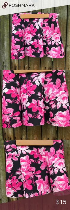 Forever 21 skater skirt floral black pink mini Never worn before!!! Amazing skater skirt on the shorter side might even consider it a mini skirt made out of scuba material with a beautiful pink floral patter on solid black brand forever 21 Forever 21 Skirts Mini
