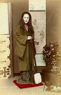 GEISHA WITH HER HAIR DOWN by Okinawa Soba, via Flickr