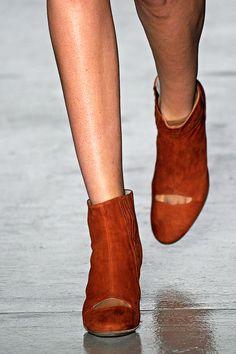 Zero + Maria Cornejo Fall 2011 RTW - Review - Vogue