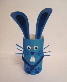 Поделки из втулок 0 Toilet Roll Craft, Toilet Paper Roll Art, Rolled Paper Art, Toilet Paper Roll Crafts, Paper Crafts Origami, Animal Crafts For Kids, Halloween Crafts For Kids, Diy For Kids, Cardboard Tube Crafts