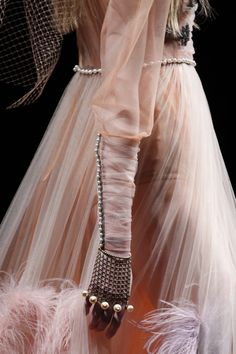 Gucci Fall 2016 This is such an amazing photo.
