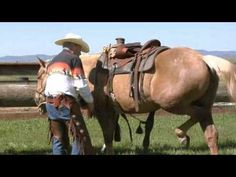 How to Western Saddle a Horse - some good points here I didn't know about.