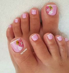 French Pedicure, Manicure E Pedicure, Pretty Toe Nails, Pretty Toes, Toe Nail Designs, Nails Design, Nail Decorations, How To Make Hair, Sexy Feet