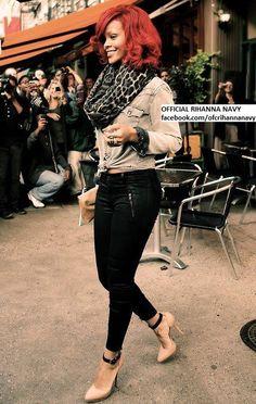 Love The Look Rihanna. RiRi #Rihanna, #Riri, #pinsland, https://apps.facebook.com/yangutu